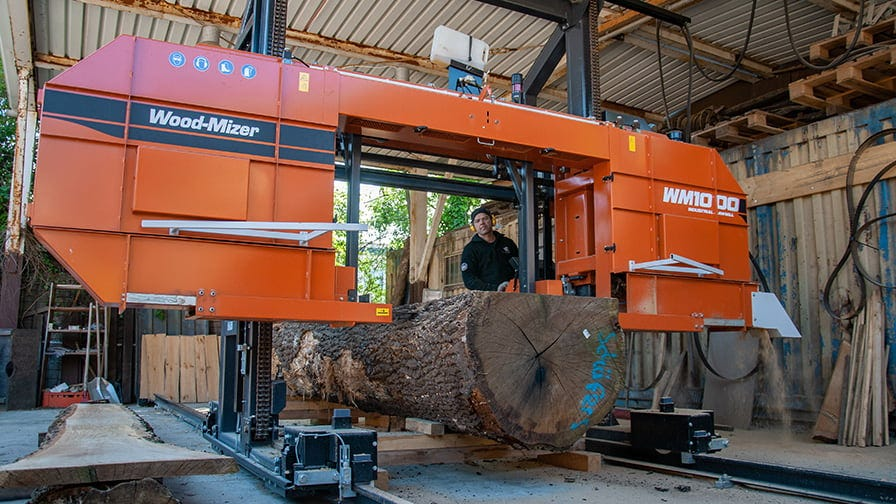 The WM1000 sawmill is capable of cutting huge logs