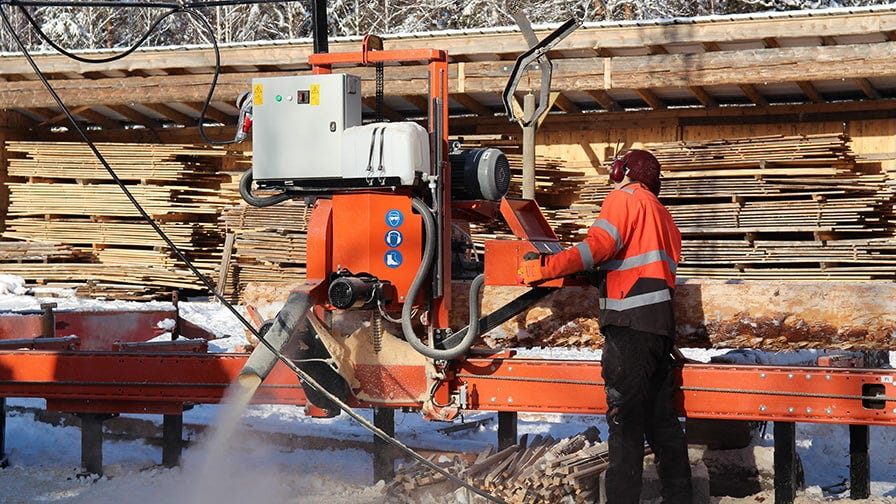 The sawmilling