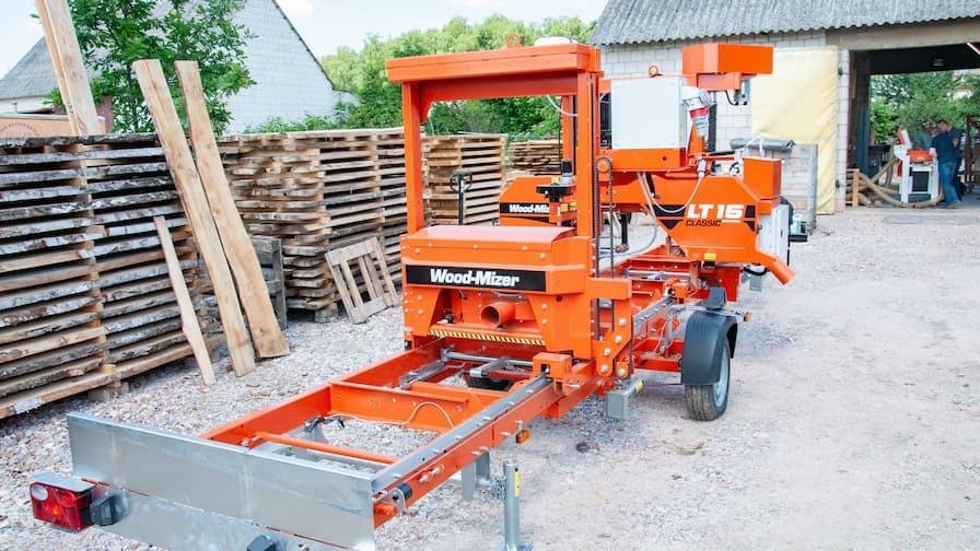 Wood-Mizer LT15CLASSIC Mobile with MP100 planer